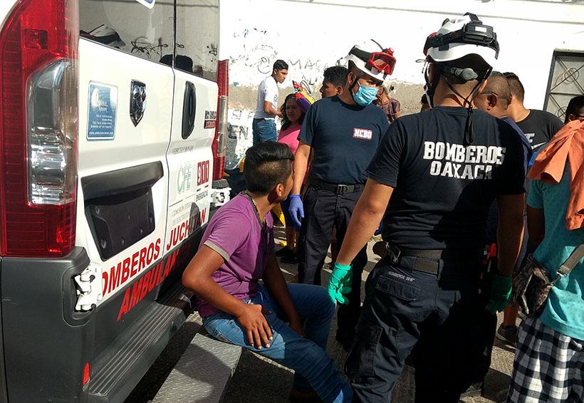 Se accidentan dos hombres en moto en Juchitán | El Imparcial de Oaxaca
