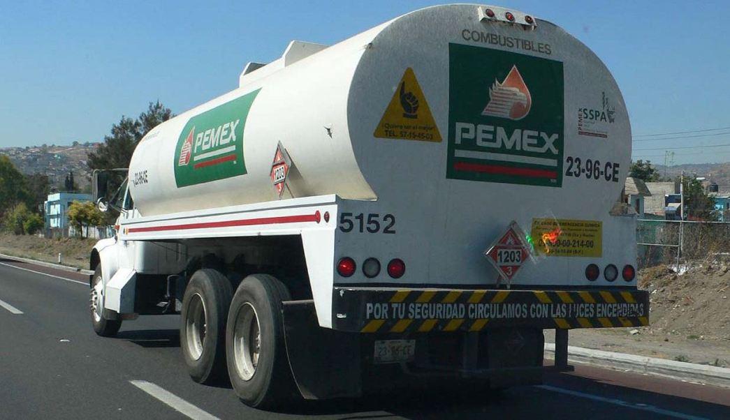 Roban dos pipas con combustible y secuestran a sus operadores en Chihuahua | El Imparcial de Oaxaca
