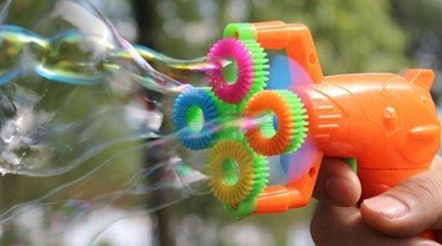 Hombre roba banco con pistola de burbujas de jabón | El Imparcial de Oaxaca