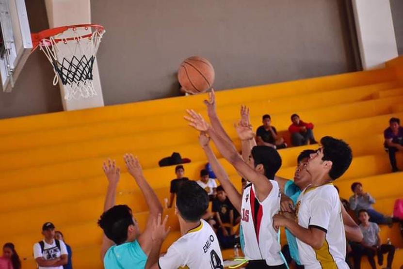 Avanzan Liebres y Aztecas al regional | El Imparcial de Oaxaca