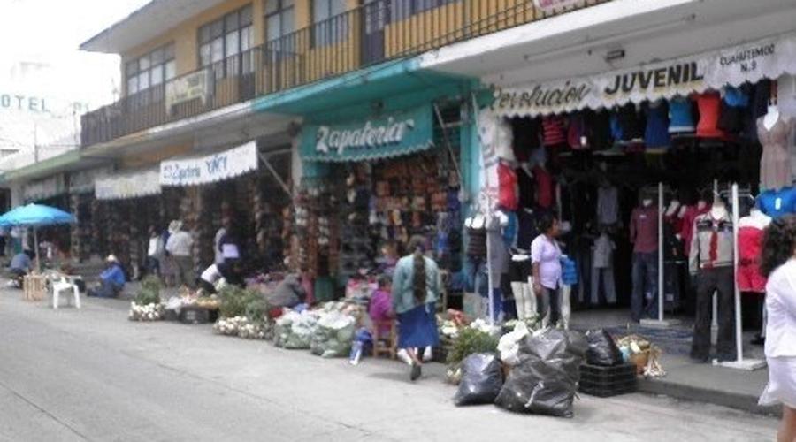 Comerciantes invaden espacios públicos en  Huajuapan de León | El Imparcial de Oaxaca