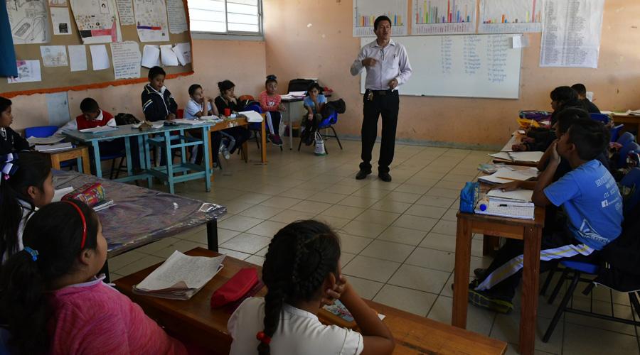 Agoniza el zapoteco en Mazaltepec | El Imparcial de Oaxaca