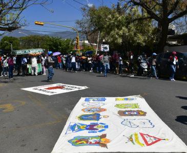 Normalistas en Oaxaca piden plazas automáticas