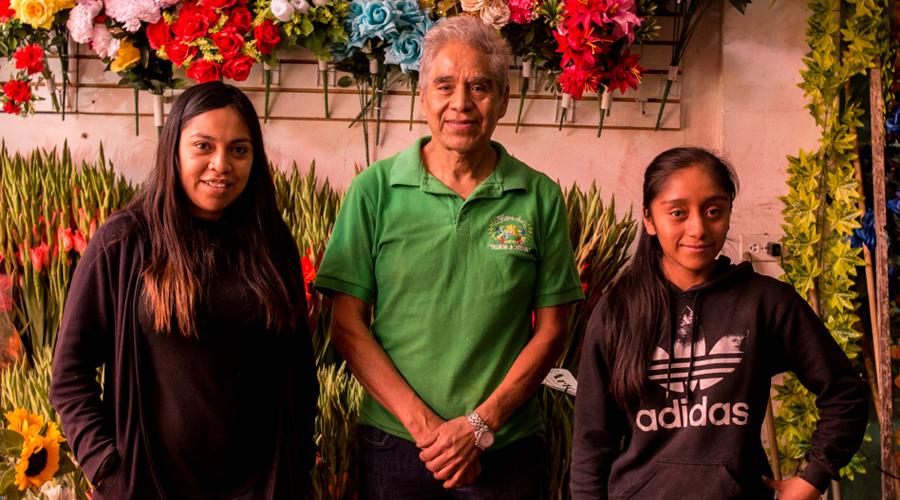 En la Mixteca se alistan para el Amor y la Amistad