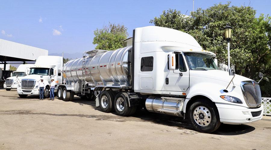 Fabrican en Oaxaca autotanques para abastecer combustible en México | El Imparcial de Oaxaca
