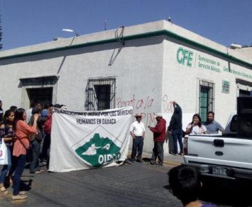 Vandalizan oficinas de la CFE en Oaxaca