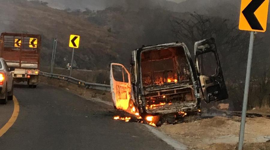 Hallan calcinada una camioneta en Miahuatlán | El Imparcial de Oaxaca
