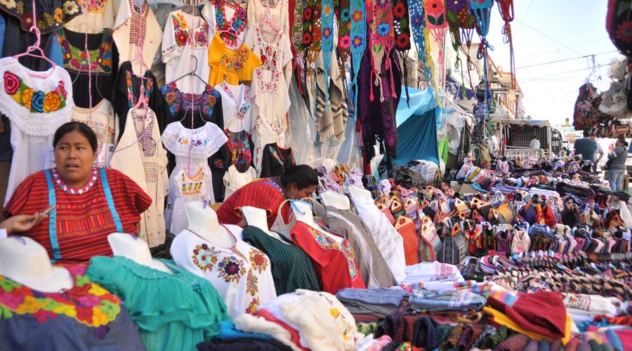 60 mdp, el Palacio, autos y albergue, las ganancias de los desplazados triquis | El Imparcial de Oaxaca