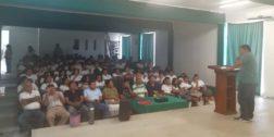 Realizan conferencia sobre alcoholismo en Cecyteo de Pochutla