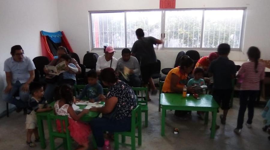 "Colectivo  ""DiidxaXcuidi""  busca fomentar la lectura en Juchitán"
