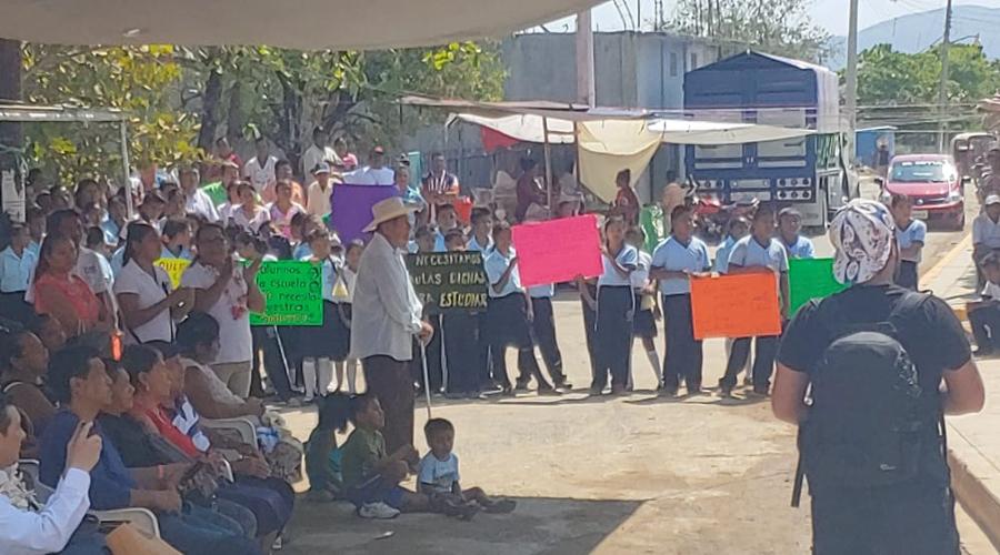 Demandan reconstrucción de escuelas del Istmo   El Imparcial de Oaxaca