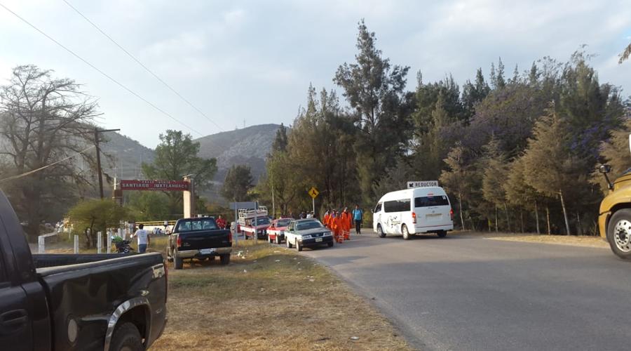 Denuncian en la Mixteca, fuertes afectaciones  por bloqueo en carretera