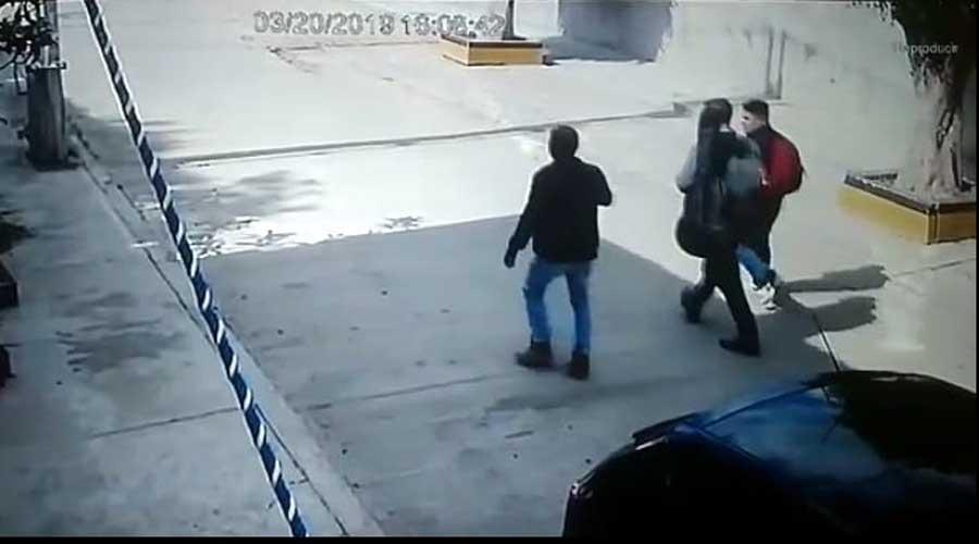 Al descubierto, presuntos asaltantes en Pueblo Nuevo