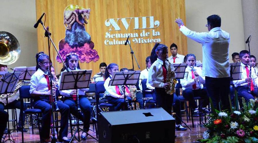 Con conferencias y cine reciben el ciclo 2019-B en la UTM | El Imparcial de Oaxaca