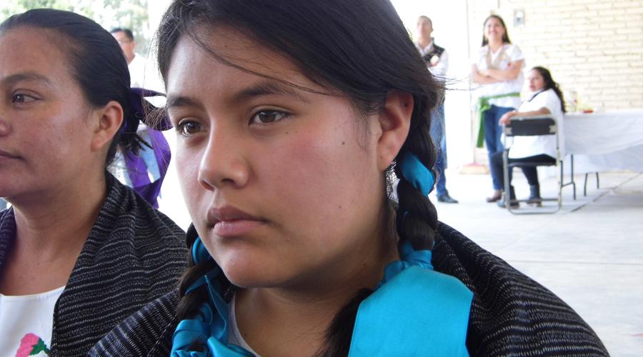 Jóvenes de la Mixteca truncan sus estudios o migran