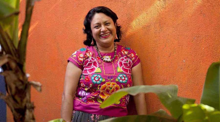 Irma Pineda pide acceso de mujeres a educación