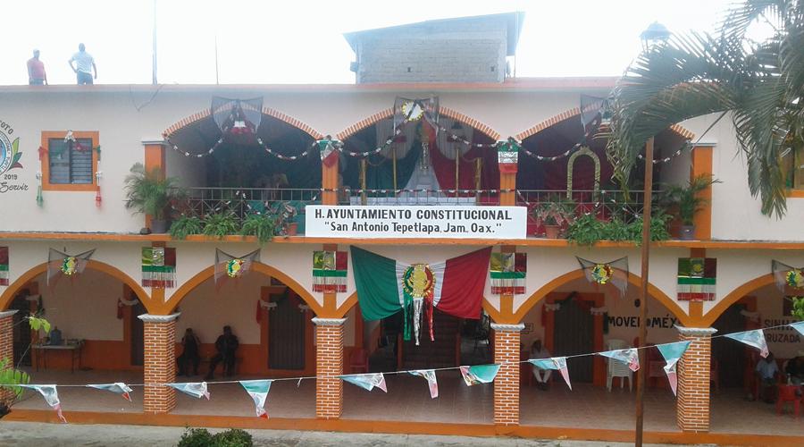 Podrían desaparecer poderes en San Antonio Tepetlapa | El Imparcial de Oaxaca
