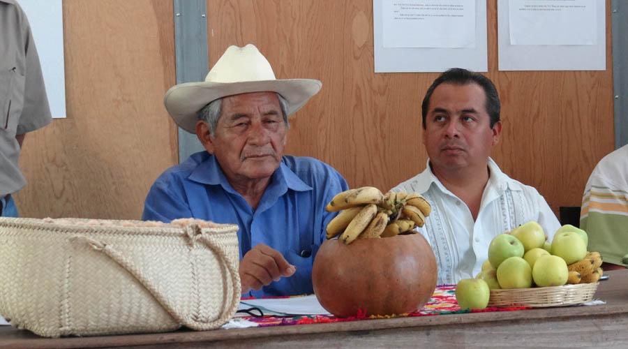 Presentan Cosmo-Concepción del  pueblo ÑuuSavi en Jamiltepec