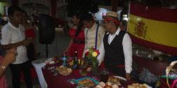 Realizan alumnos, el tercer Festival de las Culturas