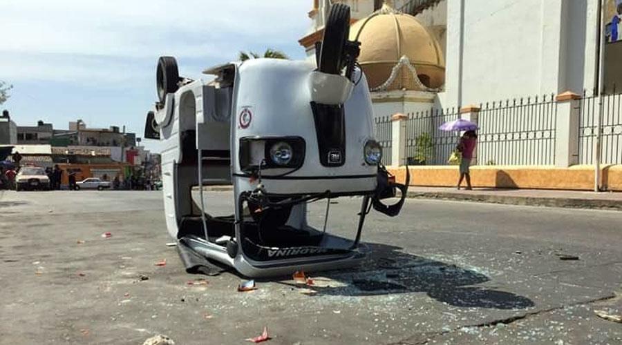 Zafarrancho en Pinotepa Nacional entre taxistas y mototaxistas | El Imparcial de Oaxaca