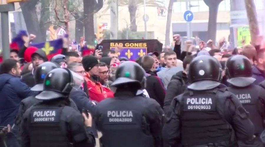 Aficionados del Olympique de Lyon resultaron heridos previo al juego contra Barcelona | El Imparcial de Oaxaca