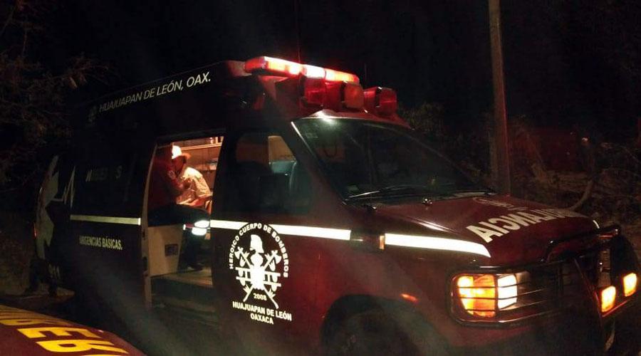 Choque entre taxis deja daños materiales por varios miles de pesos en Huajuapam | El Imparcial de Oaxaca