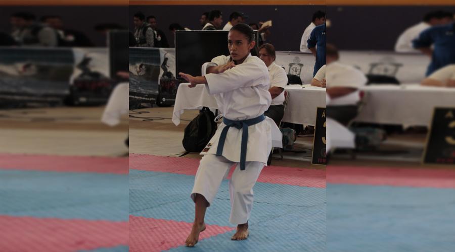 Se perfila karateka oaxaqueña para Olimpiada y Nacional Juvenil 2019 | El Imparcial de Oaxaca