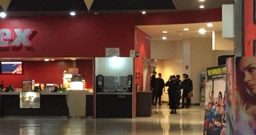 Encuentran feto en baño de cine en Sinaloa | El Imparcial de Oaxaca
