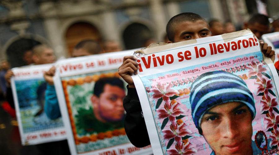 Video: Normalista de Ayotzinapa desaparecido era infiltrado de la Sedena | El Imparcial de Oaxaca