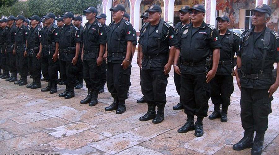 Festejan al policía en su día, en Huajuapan   El Imparcial de Oaxaca