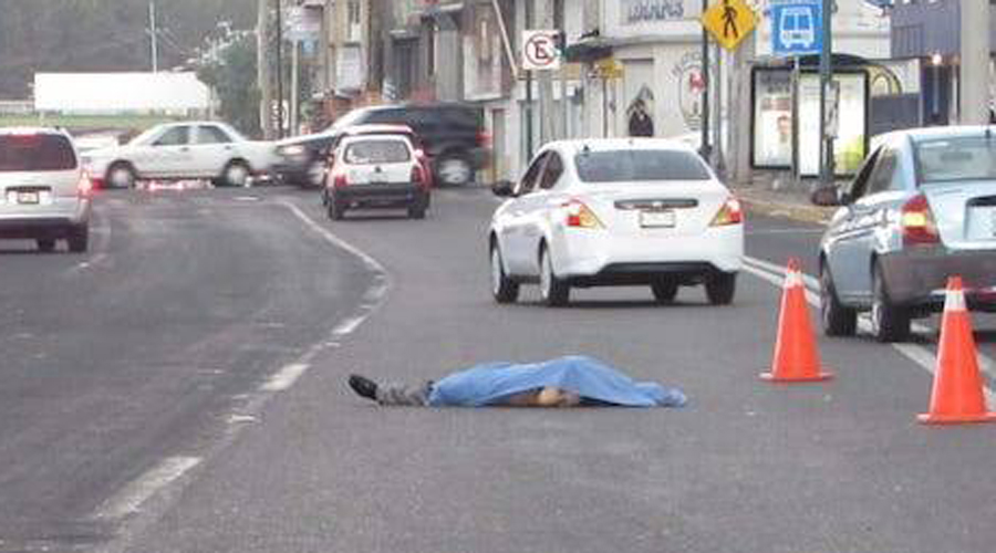 Hombre muere al ser arrastrado por una camioneta | El Imparcial de Oaxaca