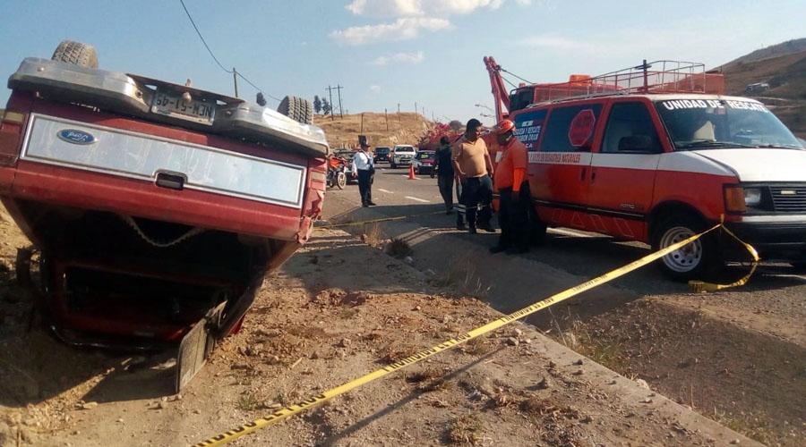 Vuelcan en La Cuesta | El Imparcial de Oaxaca