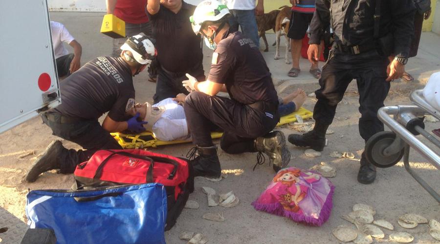 Se lesiona pareja de motociclistas al ser atropellados por camioneta | El Imparcial de Oaxaca