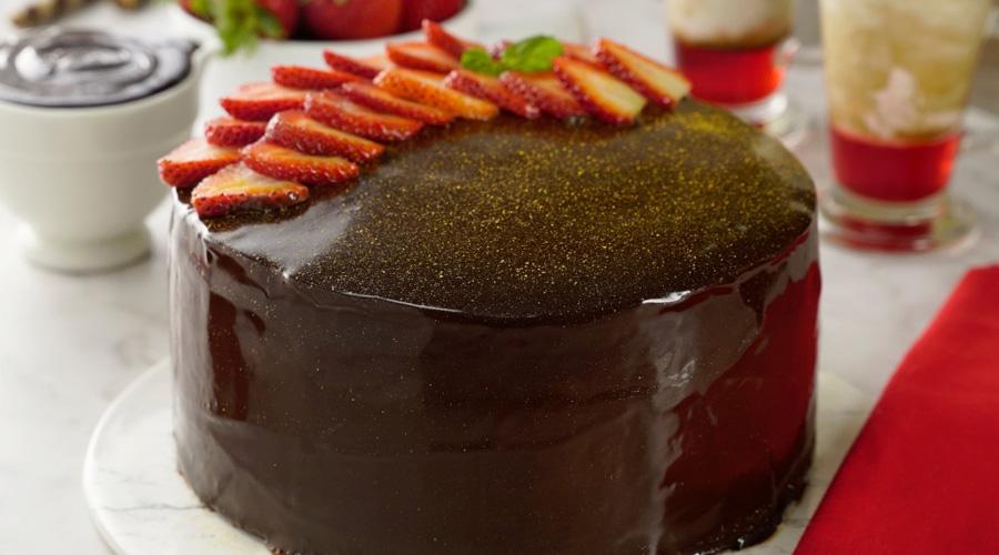 Pastel de chocolate relleno de crema pastelera | El Imparcial de Oaxaca