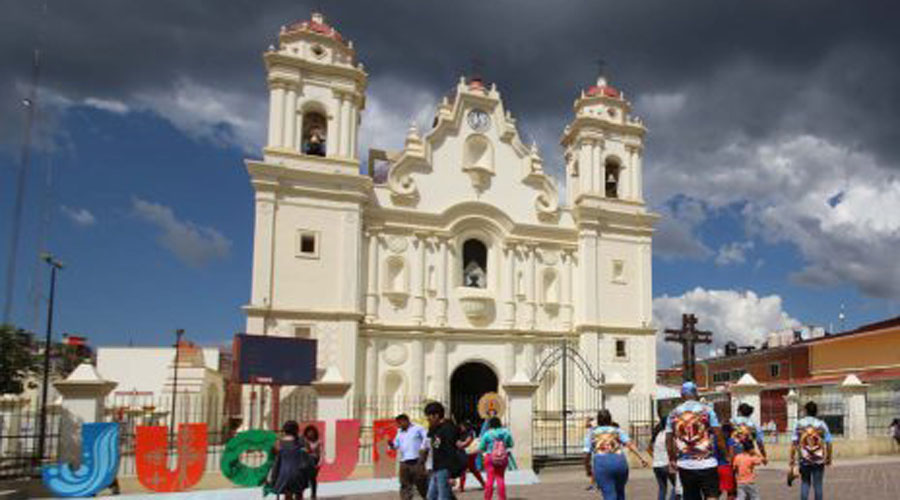 Retiran bloqueo carretero hacia Juquila | El Imparcial de Oaxaca