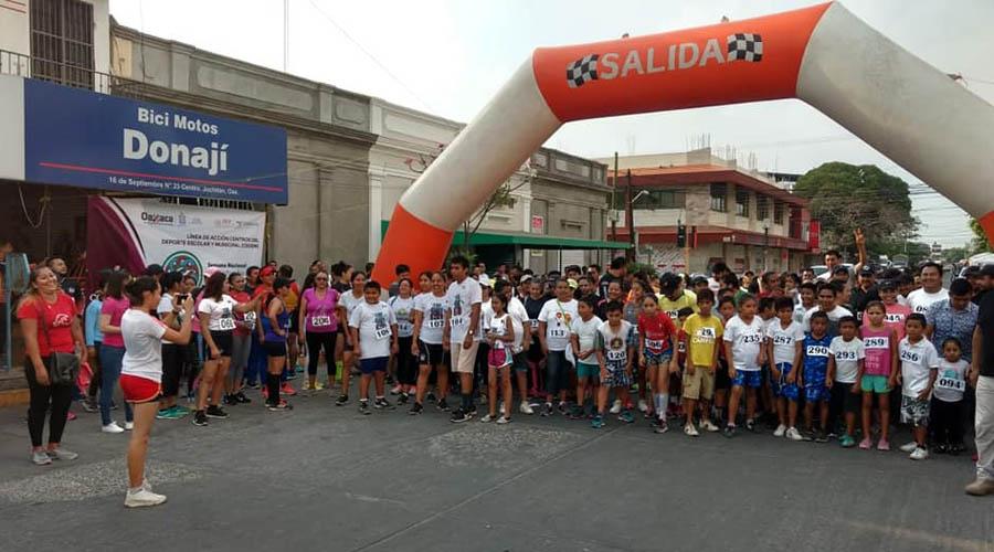 Corrieron en familia | El Imparcial de Oaxaca