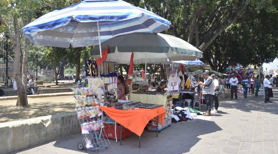 Piden que el retiro de los ambulantes en Oaxaca sea de manera permanente