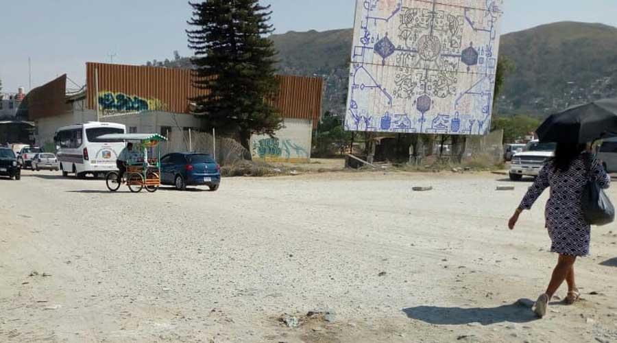 Grandes polvaredas afectan a comerciantes y ciudadanos de Oaxaca