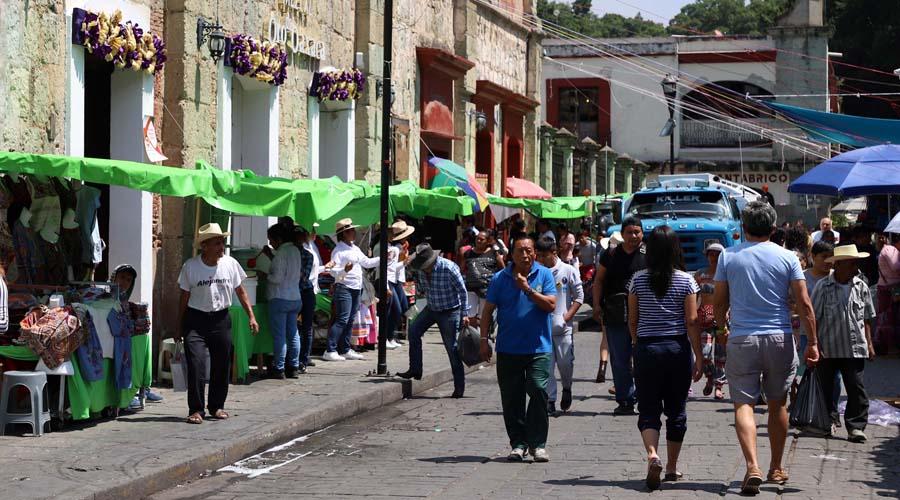 Regresan ambulantes al centro de la ciudad de Oaxaca