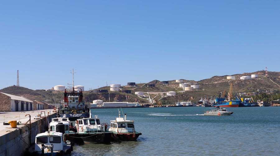 A la deriva 575 mdd, sin ZEE en Salina Cruz