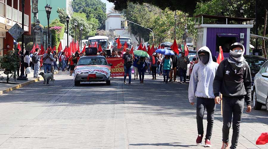 Movilizaciones en el  arranque de Semana  Santa, en la capital de Oaxaca