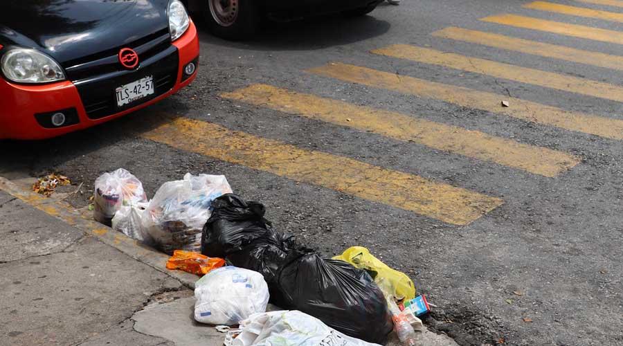 Piden sancionar a quien tire basura en las calles de Oaxaca