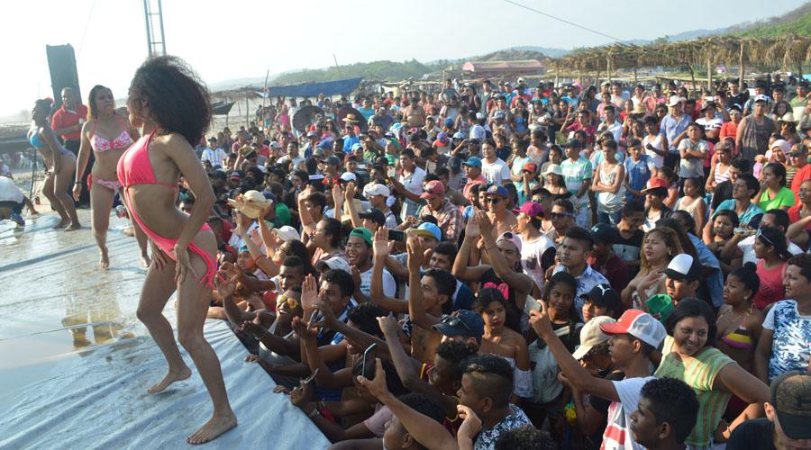 Preparan concurso de Chica Bikini en playa La Tuza de Jamiltepec