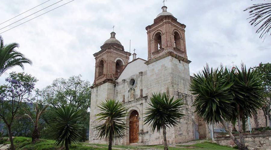 Santiago Tilantongo, pueblo  mágico e incomunicado