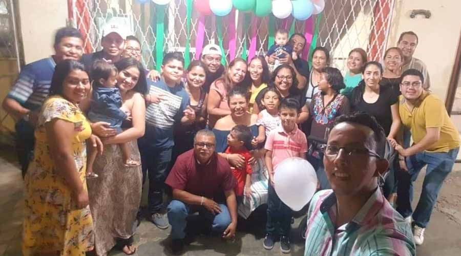 Fiesta  sorpresa  para  Yezmín