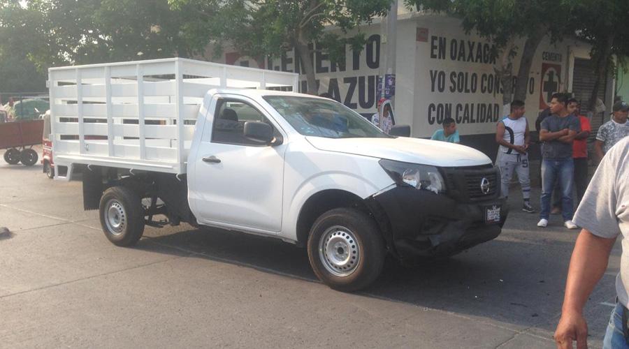 Chocan motociclistas contra camioneta en Juchitán | El Imparcial de Oaxaca