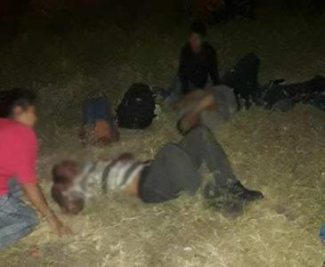 Vuelca tráiler que transportaba migrantes en carretera de Veracruz