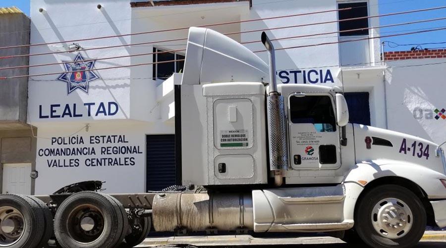 Recuperan tractocamión robado en Miahuatlán | El Imparcial de Oaxaca