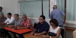 Tras bloqueo, reabren escuela en Tlacoatzintepec
