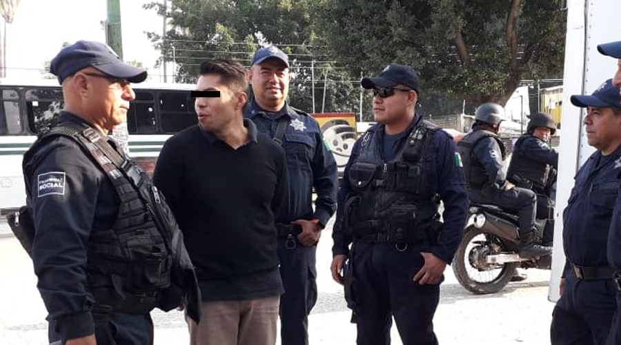 Detienen a joven por robar celular en la Central de Abasto | El Imparcial de Oaxaca